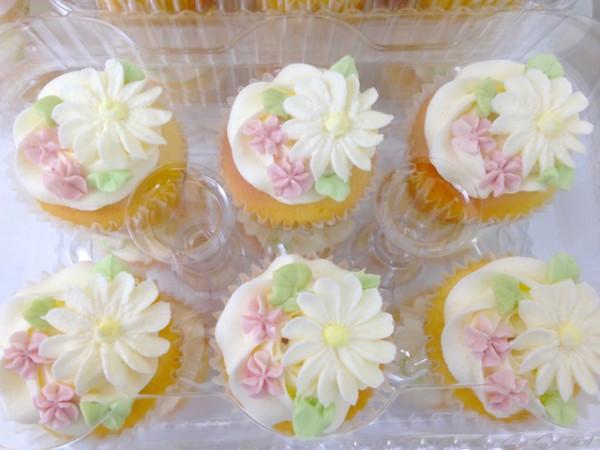 20150315-flower-cupcake2