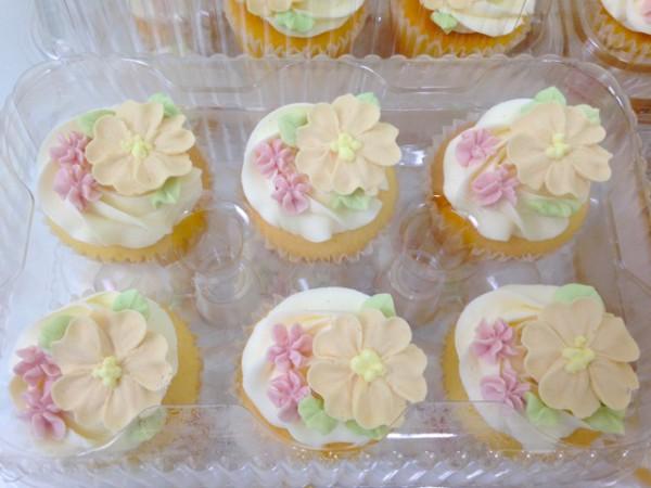 20150315-flower-cupcake3